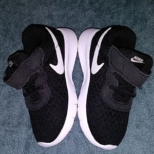 Nike Shoes - Infant Nike Runners